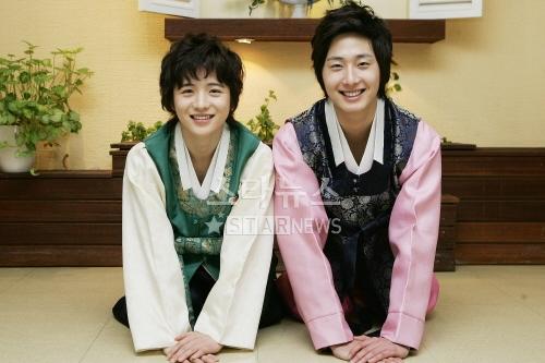 2007 JIW HK Hanbok 4