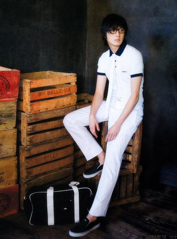 2008 3 Vogue 5