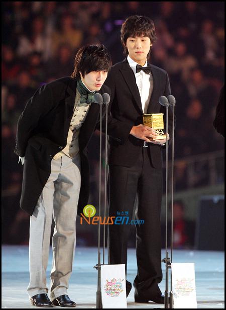 9th Mnet KM Awards 1.8