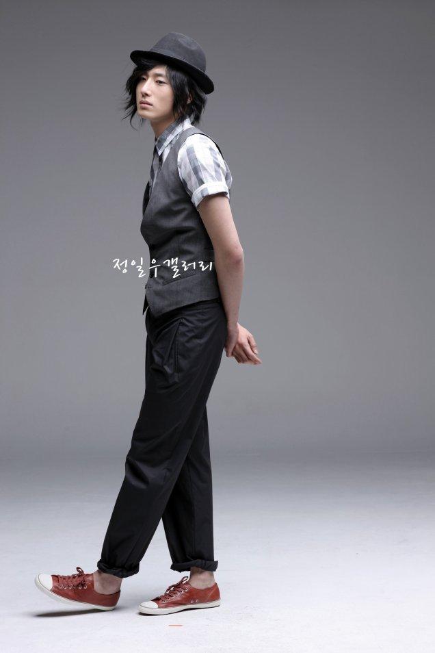 2009 3 Elle Girl JIW 5