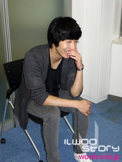 2009 JIW Japan Fan Meet 1 Interview 7