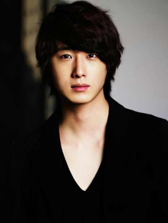 b355b654dc16900248b3bab4a0ff96b7--korean-celebrities-korean-actors.jpg