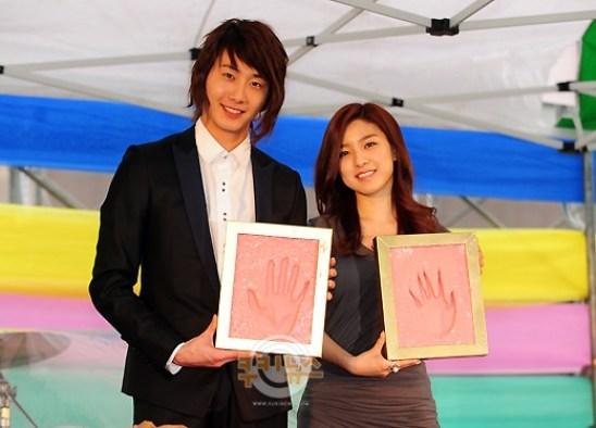 2011 4 30 JIFF Handprint 4