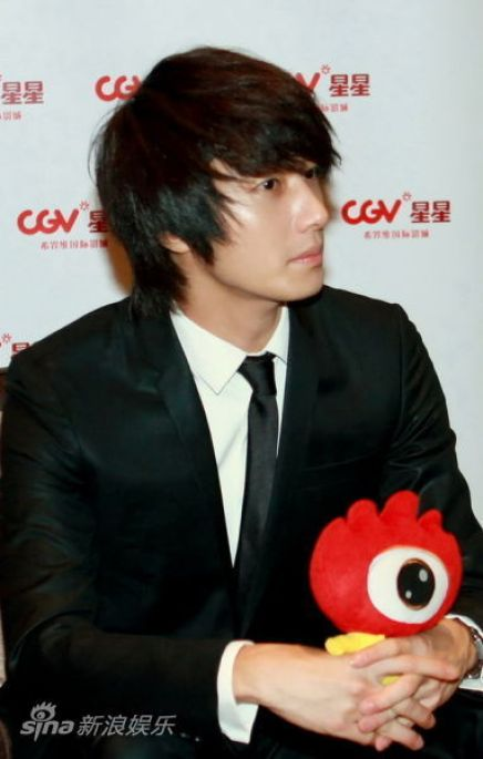 2011 27 Sina Interview 8