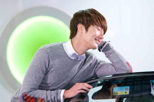 2011 Flower Boy Ramyun Shop Jung II-woo 100105