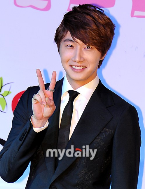 2011 10 27 Jung II-woo FBRS Press Conference 13