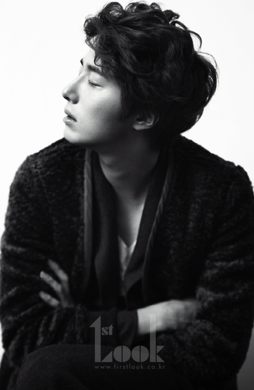 2011 11 Jung II-woo for First Look Magazine 2