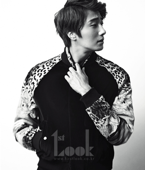 2011 11 Jung II-woo for First Look Magazine 8