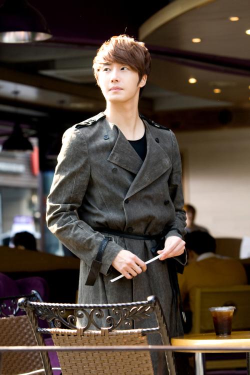 Jung II-woo in FBRS Ep 2 X2