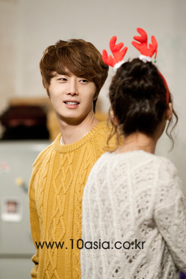 2011 12 19 Jung II-woo in FBRS Ep 15 10Asia Christmas Pictorial00021