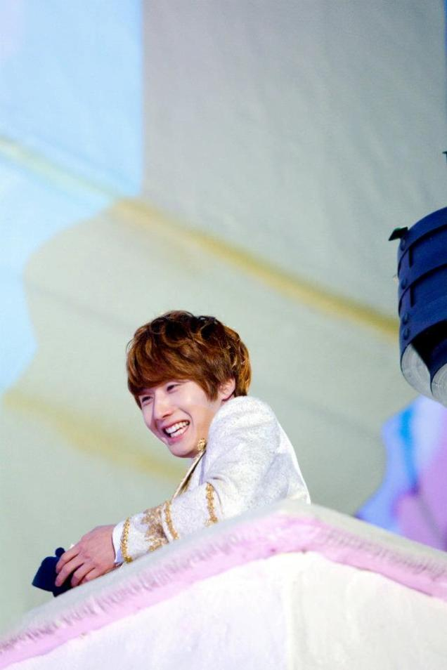 2011 12 19 Jung II-woo in FBRS Ep 15 X00017
