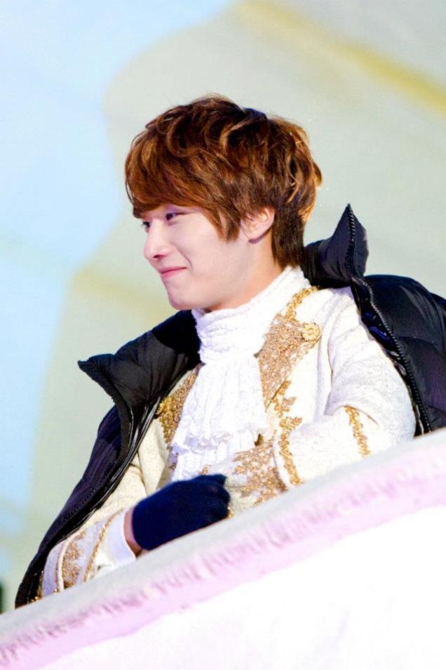 2011 12 19 Jung II-woo in FBRS Ep 15 X00018