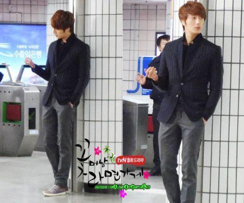 2011 12 19 Jung II-woo in FBRS Ep 15 X00025
