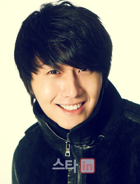 2011 12 22 Jung II-woo for eDaily 00002