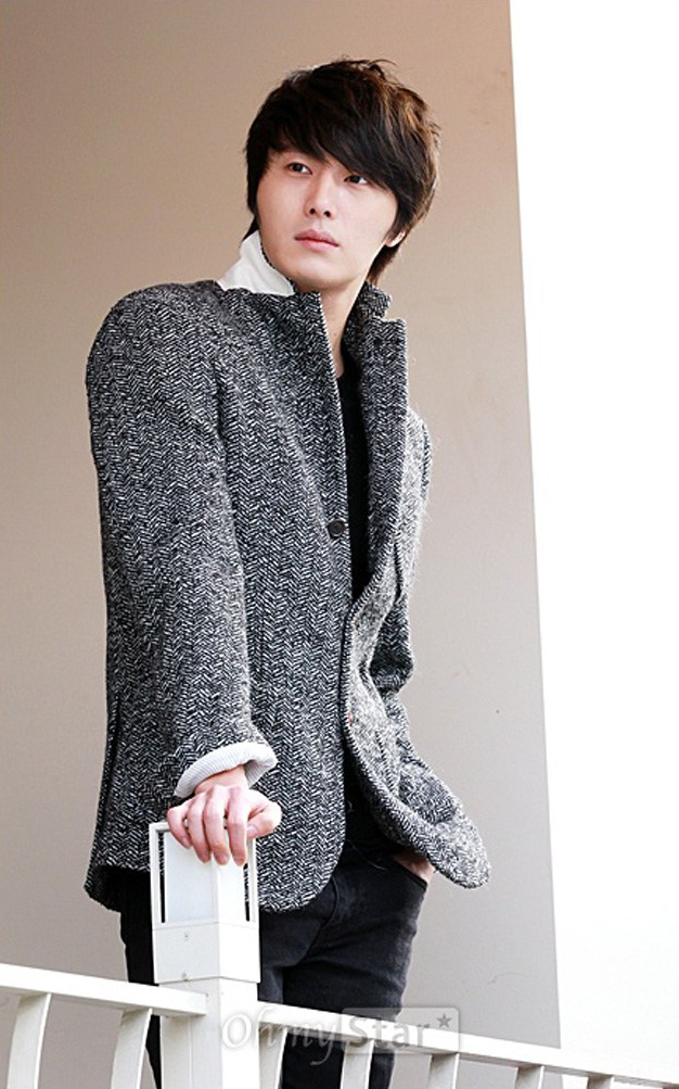 2011 12 23 Jung II-woo for Oh My News 00006