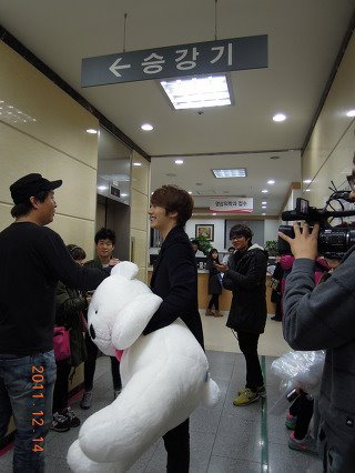 2011 12 24 Jung II-woo in JTBC's Surprise Dream Project 00001