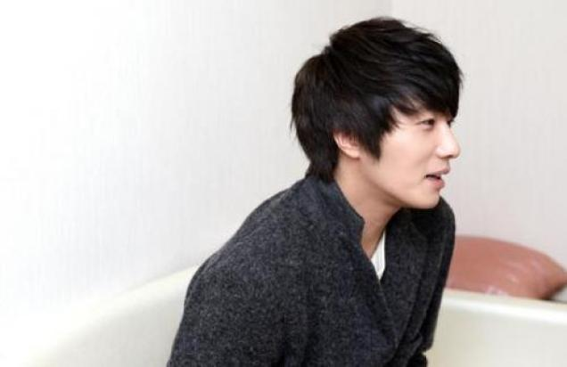 2011 12 26 Jung II-woo for Entermedia 00009