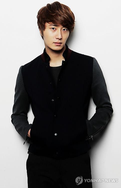 2011 12 5 Jung II-woo in Yonhap interview. 00007