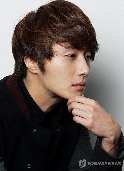2011 12 5 Jung II-woo in Yonhap interview. 00010