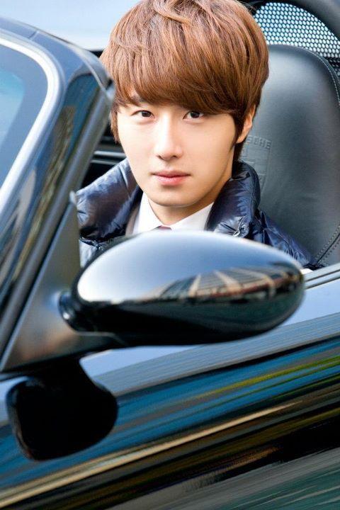 2011 Jung II-woo in UJIWP 00000018