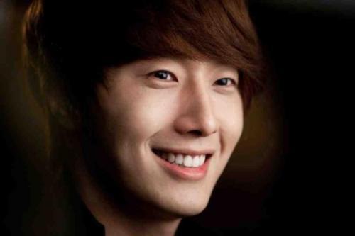 2011 Jung II-woo in UJIWP 00012