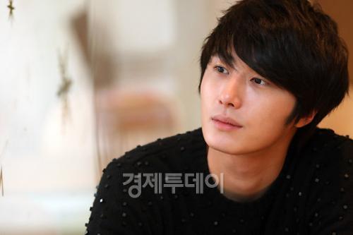 2012-1-3 Jung II-woo for ETO 3.jpg