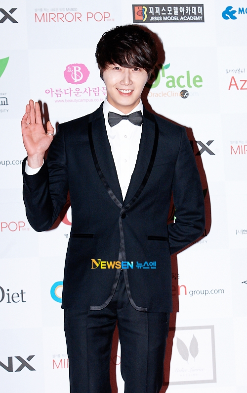 2012 1 18 Jung II-woo in Asia Model Awards 00014