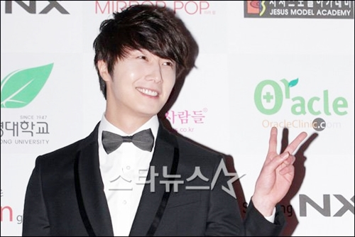 2012 1 18 Jung II-woo in Asia Model Awards 00019