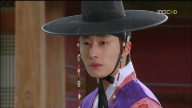 2012 2 Jung II-woo in The Moon that Embraces the Sun Episode 12 00008