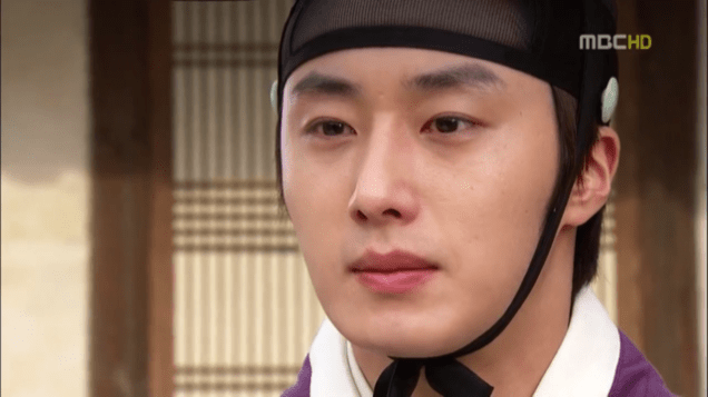 2012 2 Jung II-woo in The Moon that Embraces the Sun Episode 13 00009