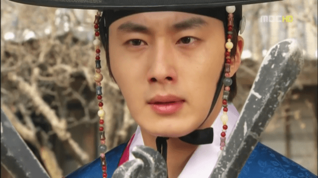 2012 2 Jung II-woo in The Moon that Embraces the Sun Episode 14 00003