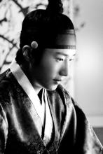 2012 Jung II-woo in The Moon Embracing the Sun Episode 6 Extras BTS 00014