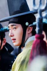 2012 Jung II-woo in The Moon Embracing the Sun Episode 7 Extras 00004