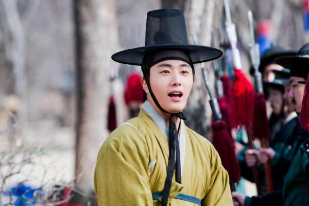 2012 Jung II-woo in The Moon Embracing the Sun Episode 7 Extras BTS 00010