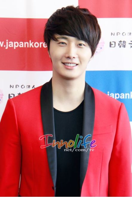 2012 4 10 Jung II-woo at Press Conference Japan00023