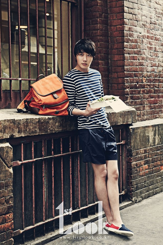2012 4 Jung II-woo for First Look Magazine Vol. 19 New York, Ordinary 00007