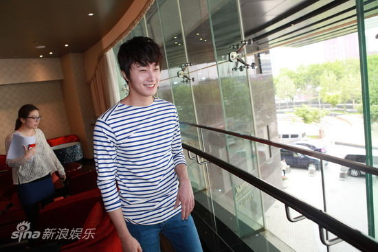 2012 5 Sina Weibo's Live Interview 00006