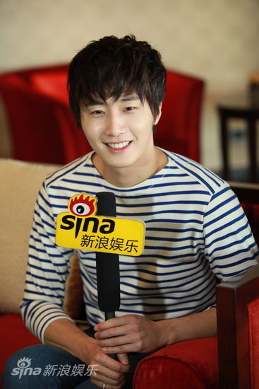2012 5 Sina Weibo's Live Interview 00018