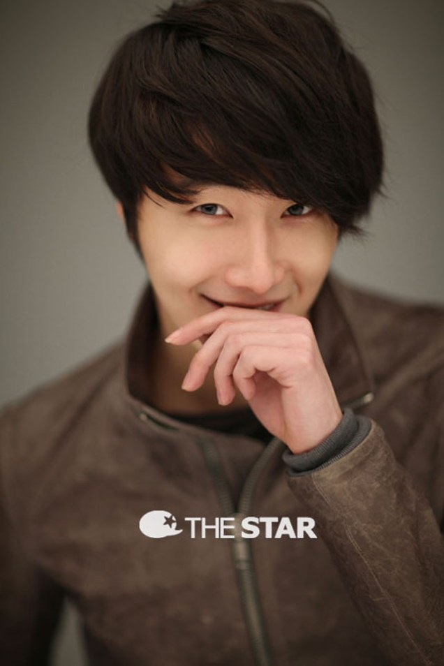 Jung II-woo for The STAR 2012 00015