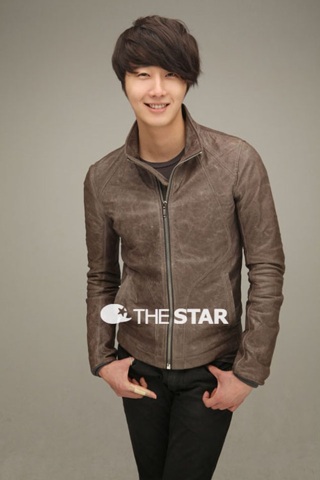 Jung II-woo for The STAR 2012 00018
