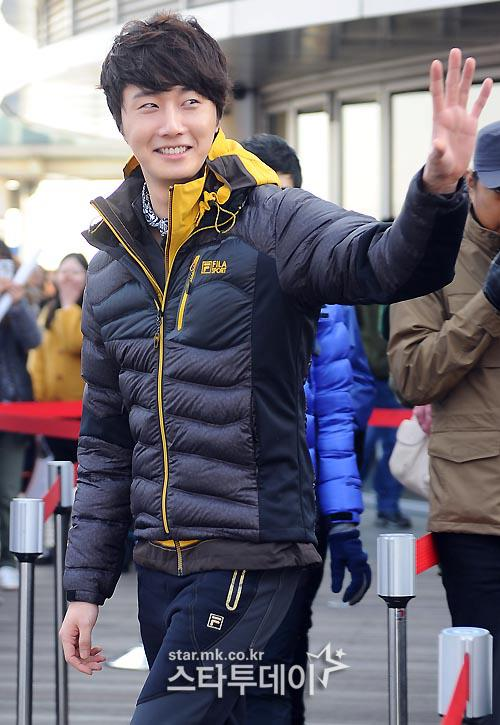 2012 11 3 Jung II-woo for FILA's Green Campaign00003
