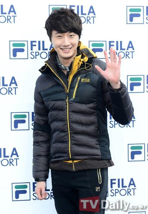 2012 11 3 Jung II-woo for FILA's Green Campaign00012