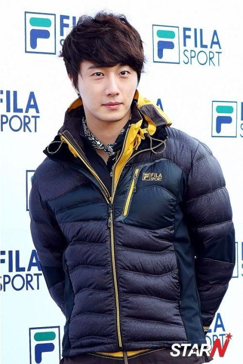 2012 11 3 Jung II-woo for FILA's Green Campaign00017