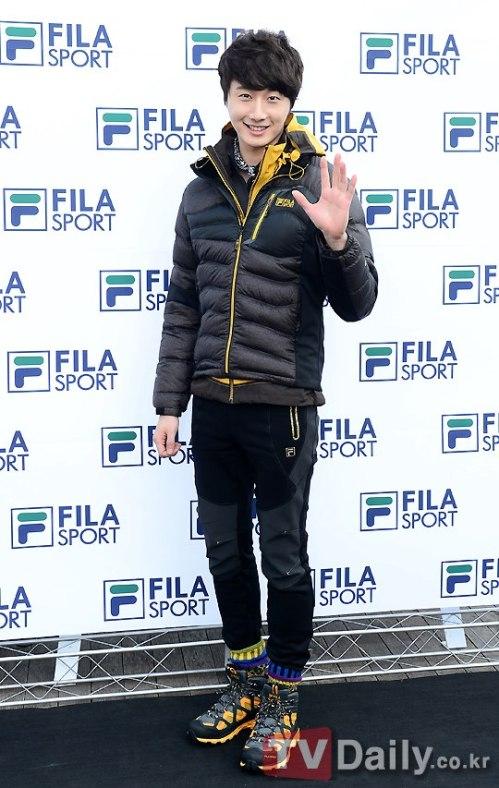 2012 11 3 Jung II-woo for FILA's Green Campaign00021