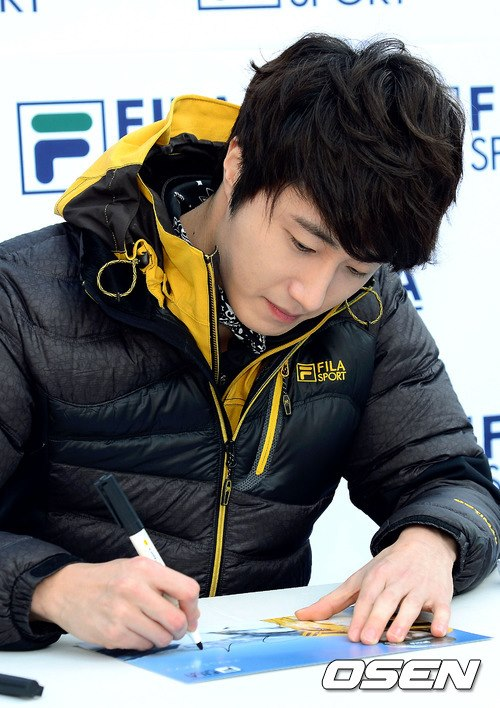 2012 11 3 Jung II-woo for FILA's Green Campaign00043
