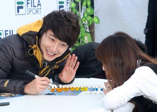 2012 11 3 Jung II-woo for FILA's Green Campaign00045
