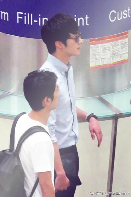 2012 6 15 Jung II-woo Shanghai Airport arrival00004