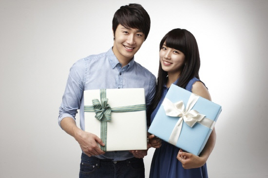 2012 6 Jung II-woo for Domino's Pizza Commercial and Photoshoot00006