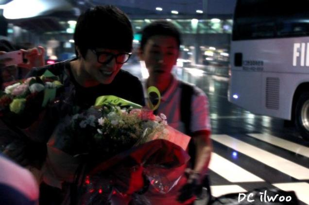 2012 7 3 Jung II-woo airport arrival to Beijing, China. 00007