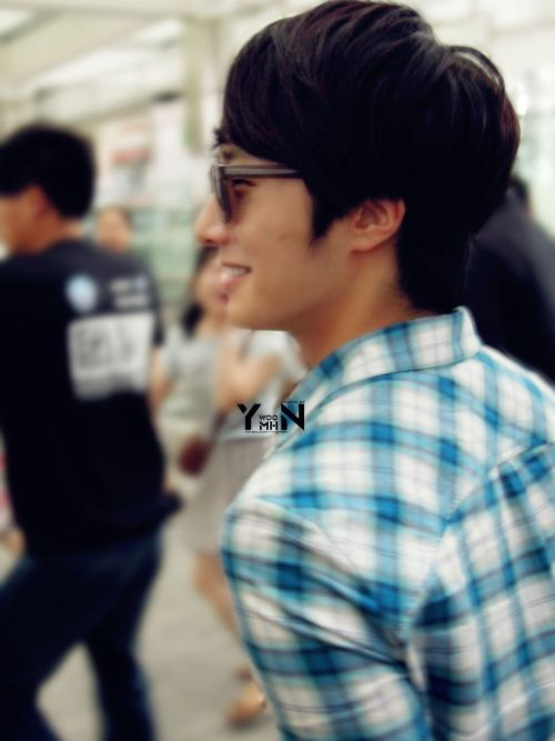 2012 7 3 Jung II-woo airport arrival to Beijing, China. 00013